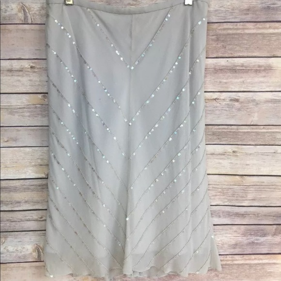 Ann Taylor Dresses & Skirts - Ann Taylor 100% Silk Grey Skirt with sequins Sz 4